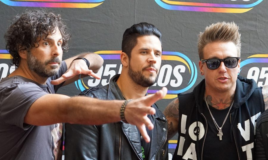 Papa Roach (L-R) Tony Palermo, Jacoby Shaddix, Jerry Horton