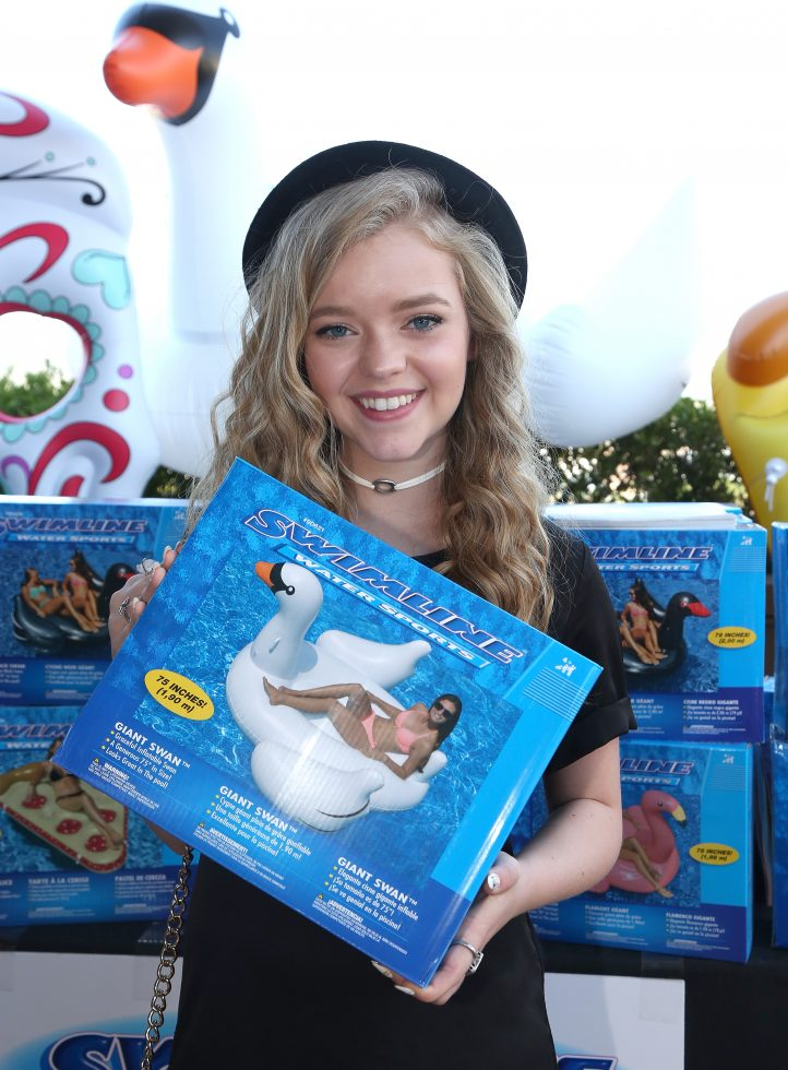 Actress Jade Pettyjohn