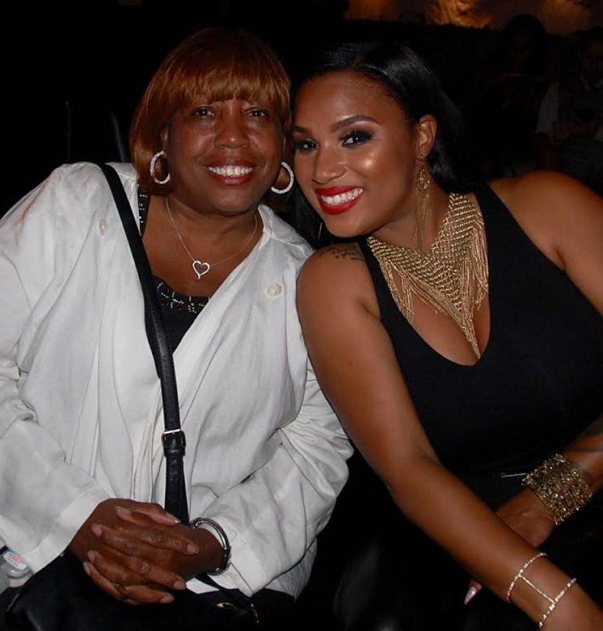 Aunyae and her mom