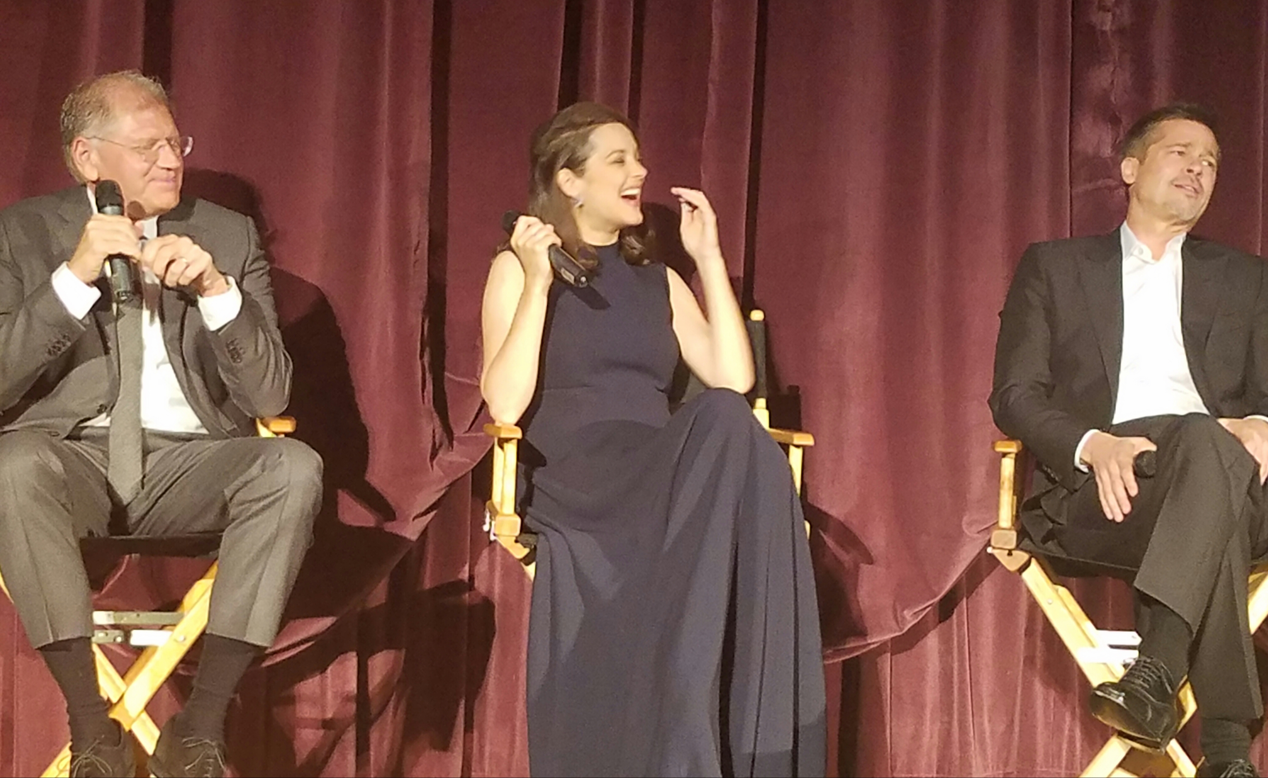 Robert Zemekis Marion Cotillard And Brad Pitt At The Premiere Of