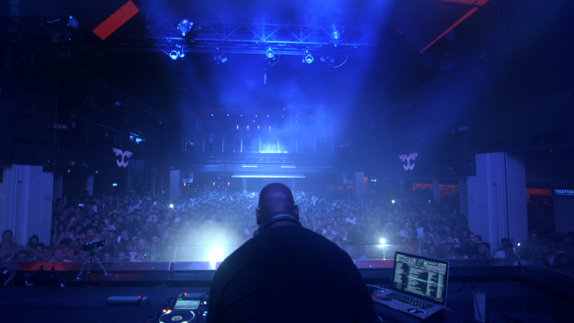 Carl Cox DJing at Ultra Music Festival Miami in WHAT WE STARTED - (c) Bert Marcus Productions