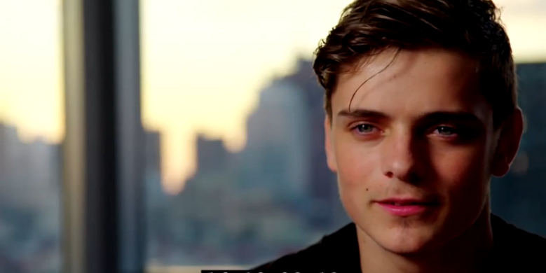 On set with Martin Garrix in WHAT WE STARTED - (c) Bert Marcus Productions