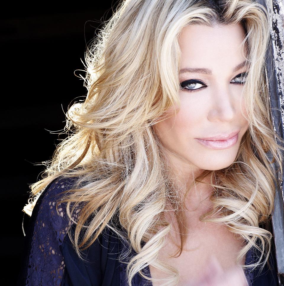 Singer Taylor Dayne