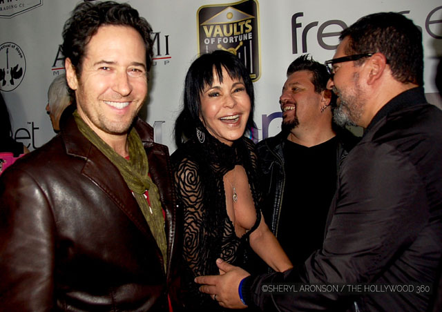Rob Morrow (L), Maria Conchita Alonso (Center)