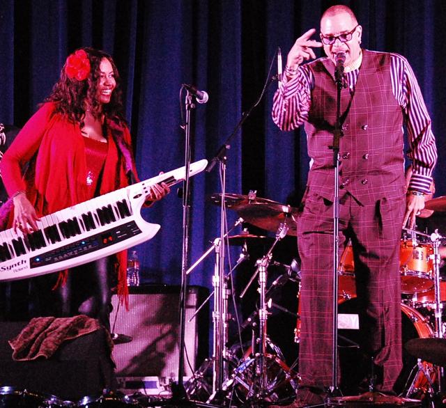 Hands4Hope Concert - Gail Jhonson (L), Comedian Sinbad (R