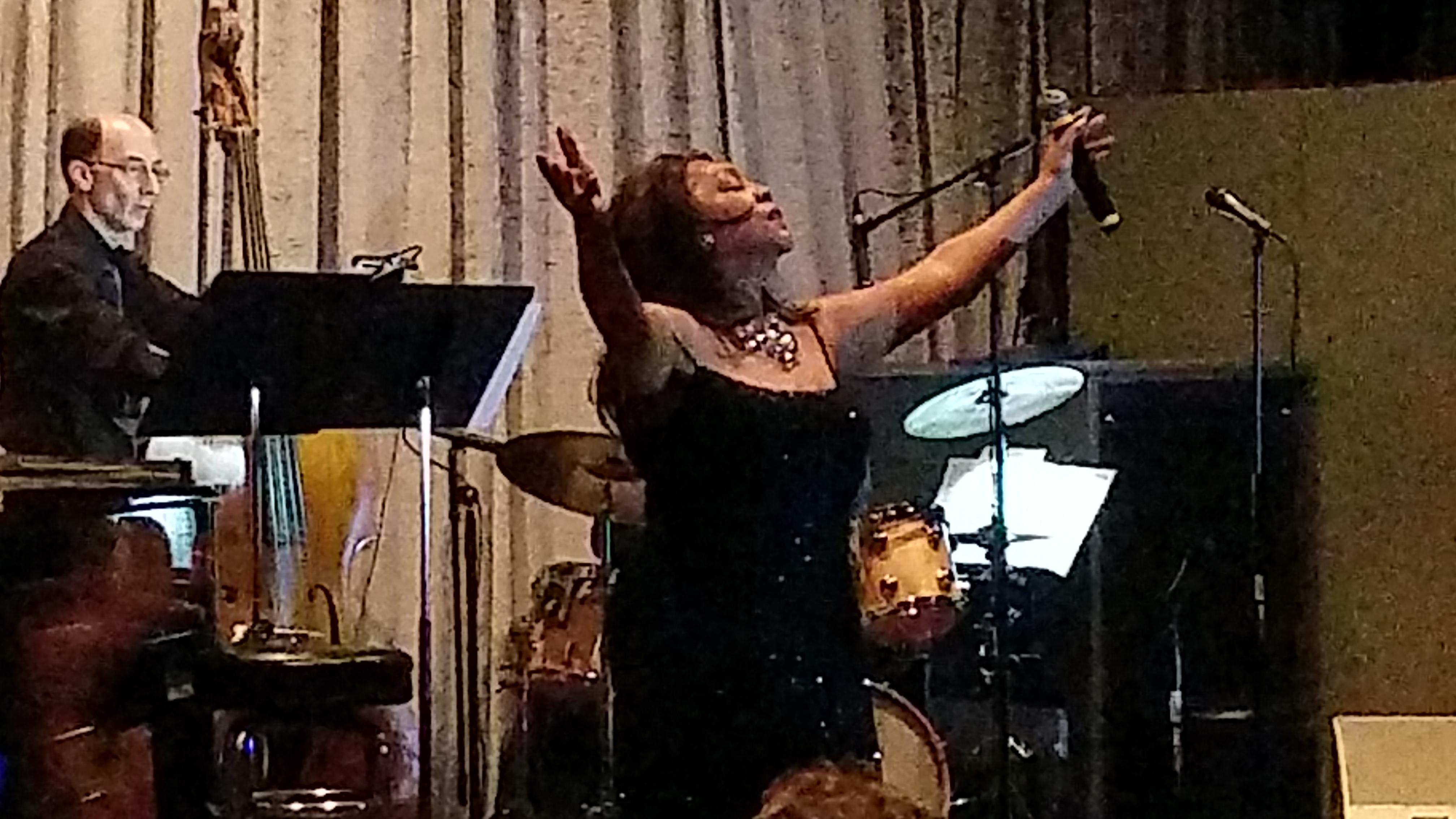 SInger Mary Wilson