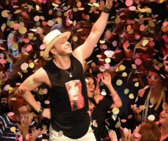 Donnie Wahlberg Rocks Chicagoland  Raising $759k to Help Kids with Autism  For Generation Rescue @genrescue