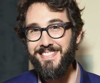 JOSH GROBAN RELEASES NOËL (DELUXE EDITION) IN CELEBRATION  OF ITS 10TH ANNIVERSARY