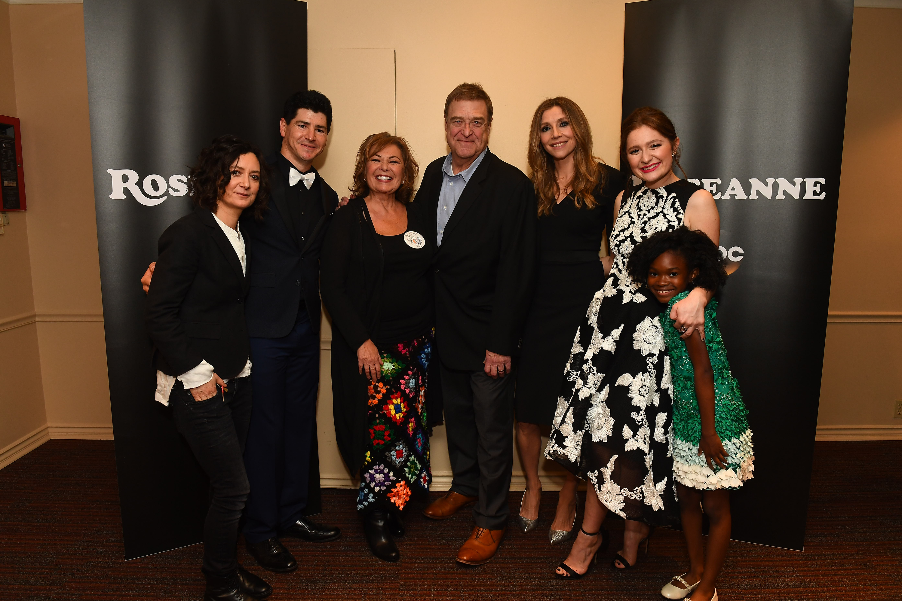 Abcs Roseanne Treated Fans To A Special Screening And Meet And